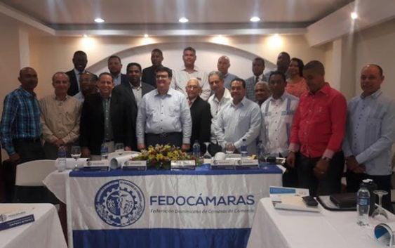 Fedocamaras rechaza 20% a bebidas azucaradas e importación de leche