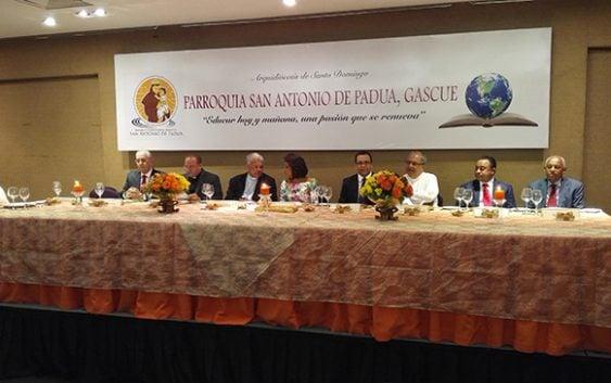 Parroquia San Antonio de Padua realiza Cena Empresarial de la Confraternidad