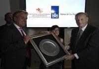 Rey de los Países Bajos y Cámara Holandesa reconocen a Wilhelm Brouwer