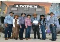 Adopem festeja 35 aniversario; Premia empleados destacados