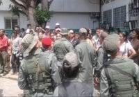 Familias de los 37 muertos de la masacre en cárcel de Venezuela ruegan piedad!!!