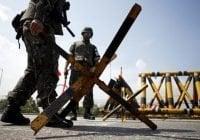 """Corea del Sur investiga muerte de soldado en frontera con Corea del Norte por bala """"perdida"""""""