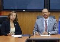 Superintendencia de Bancos y la UAF firman acuerdo