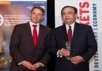 Revistas galardonan a Valdez Albizu con importantes premios