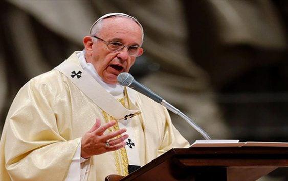 """Papa Francisco: La corrupción es """"la carcoma de la vocación política"""""""