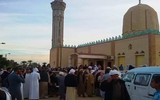 Masacre: Aumenta a 305 los asesinados por ataque terrorista en iglesia de Egipto; Vídeo
