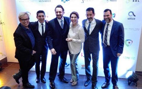 """Altice auspicia obra """"Al Final del Arcoíris"""" con Cecilia García; Vídeos"""