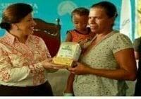 Ella nos regala harina (Décima)