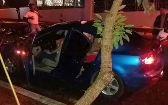 Encuentran muertas dentro de carro una mujer y dos niñas en Zona Universitaria; Vídeo