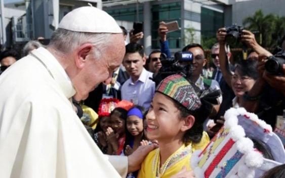 Papa Francisco ya esta en Myanmar, permanecerá por una semana; Irá a Bangladesh