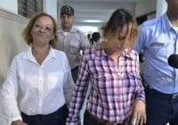 Por ocultar crímenes de Emely Peguero y su hijo imponen impedimento y presentación a domésticas