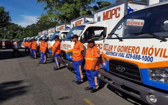 Obras Públicas refuerza seguridad vial por el Día de la Restauración; Llame al: 829-688-1000