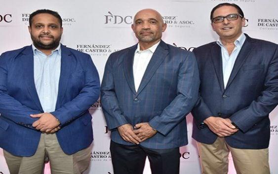 Empresa aseguradora Fernández de Castro & Asociados realizó encuentro