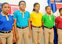 Apymetex reiteran oposición a que Gobierno llame licitación para cambio uniformes escolares