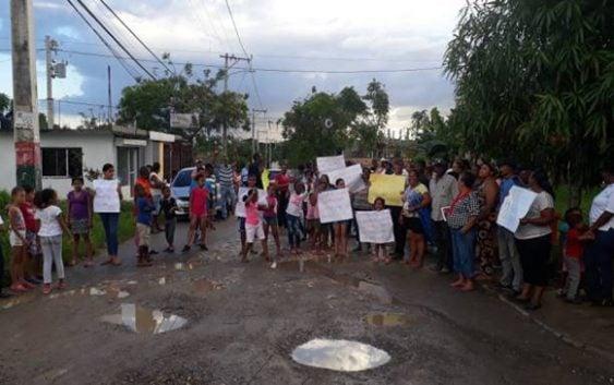 Sector Jardines de Engombe se moviliza por reconstrucción de calles