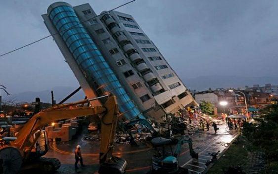 Ascienden a 17 muertos por terremoto; Taiwán le dice a China no necesita su ayuda