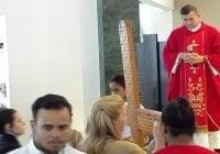 Oficios de Viernes Santo cierran con colocación de los clavos; Vídeos