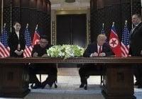 Tras firmar una carta de entendimiento Kim Jong-un y Donald Trump se despiden