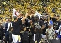 Warriors le pasan el rodillo a Cavaliers y a LeBron para tercera corona en cuatro años; Vídeos