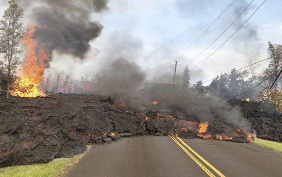 Magma del Volcán Kilauea destruyó cientos de casas y penetró al mar; Sorprendentes vídeos