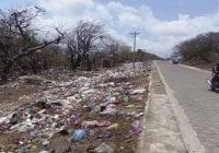 """Medio Ambiente será drástico con """"puercos"""" que lancen residuos plásticos en las vías"""
