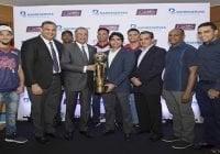 Lizardo Mézquita recibe Copa BanReservas de los campeones de la LNB