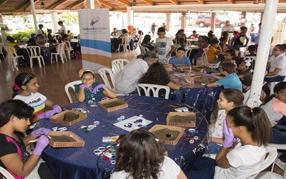 Más de 500 hijos de empleados del BanReservas concluyen talleres creativos