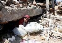Aumentan a 347 los muertos y más de 300 heridos por sismo en Indonesia