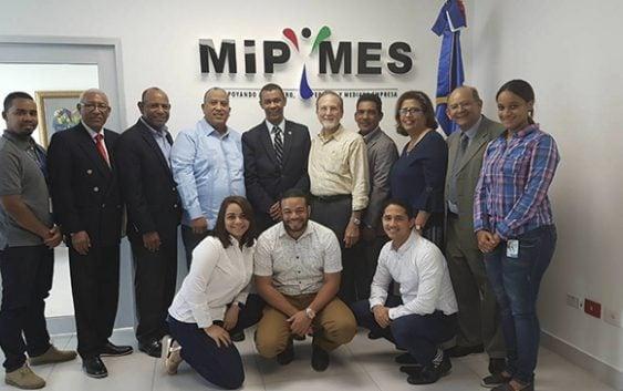 La UASD y el MICM acuerdan fortalecer los Centros de apoyos a las Pymes