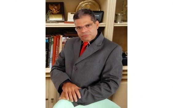 Arístides Almonte Alvarado busca con proyecto de ley castigar la infidelidad entre pareja