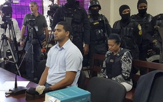 Emely Peguero: 30 y 5 años de prisión para Marlon y Marlin Martínez; Y ella no fue la instigadora?