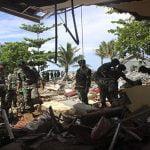 Suman 429 muertos por tsunami que sorprendió a cientos en un concierto en Indonesia; Vídeos
