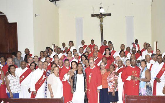 Obispo de SFM, sacerdotes, diáconos y sus esposas celebran día de San Esteban