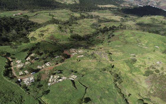 Ministro Ángel Estévez: Desalojados de Valle Nuevo debieron ser reubicados antes de ser movidos