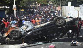 Se eleva a nueve muertos en Haití tras violentas protestas; Dominicana mantiene embajada cerrada