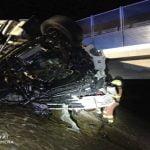 Vientos provocan accidente entre dos camiones frigoríficos en Valencia dejando un muerto