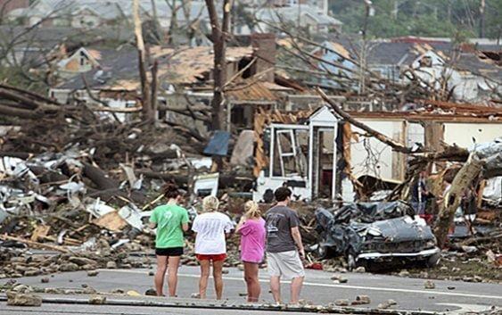 Van 23 muertos por tornados en Alabama