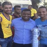 Candidato presidencial de la FED Ángel Beltré entregó útiles deportivos