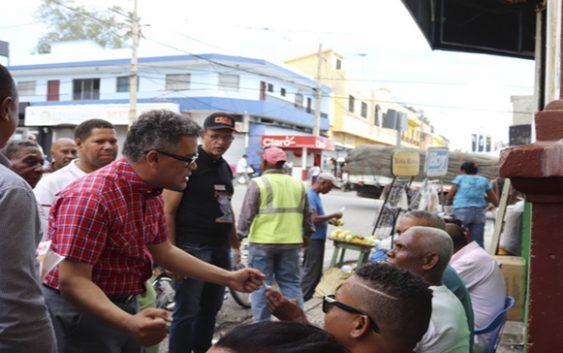 Carlos Peña inicia contacto personal de tres millones de dominicanos en mano a mano