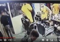 Líder de banda pone drogras se adelanta a inminente cancelación y renuncia; Vídeos