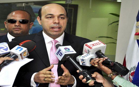 PLD impedido de presentar lista de precandidatos por amparo en TC de Hipólito Polanco