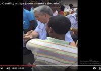 Se hace viral vídeo donde Gonzalo Castillo ultraja joven que intenta saludarlo empujándole; Vídeo