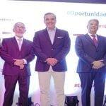 Economistas Alejandro Fernández, Jochi Vicente y Pedro Silverio se integran a equipo de Abinader