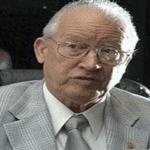 Restos de cronista deportivo e historiador Cuqui Córdova serán expuestos a partir de las 2:00
