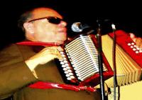Problemas renales e hipertensión cobran la vida de Bartolo Alvarado, «El Cieguito de Nagua» en Nueva York