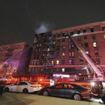 Cuatro mujeres mueren en el incendio frente al hospital Lebanon en El Bronx, Nueva York, Estados Unidos; Vídeos