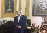Presidente Abinader invita a empleados públicos sustituir su fotografía por la de sus familiares