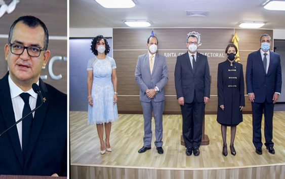 Román Jáquez toma posesión JCE; Asegura será casa de la democracia; Pide «voto de confianza»