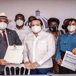 Gobierno entrega 128 millones para obras en Azua, Hato Mayor y Monte Plata