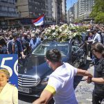 Uruguay: Miles despiden entre aplausos a Tabaré Vázquez; RD, Paraguay, Bolivia, Panamá, Etc. lamentan